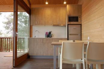 montllor-eco-bungalow-7-camping-cala-llevado-costa-brava